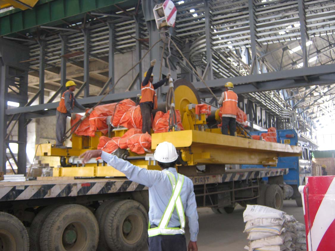 Cast House Crane Tending trolley erection